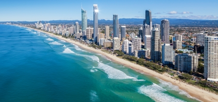 resort beach: Sunny view of Gold Coast, Queensland, Australia