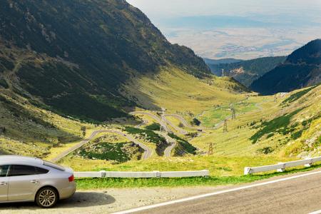 Die malerische Transfagarasan Autobahn in Rumäniens Karpaten