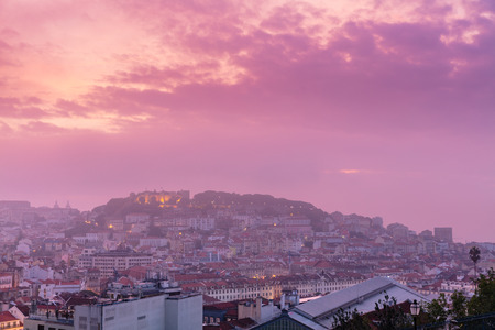 Pink foggy sunrise over Lisabon, Portugal Lizenzfreie Bilder