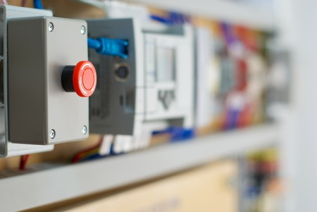 logica: Controlador l�gico programable PLC