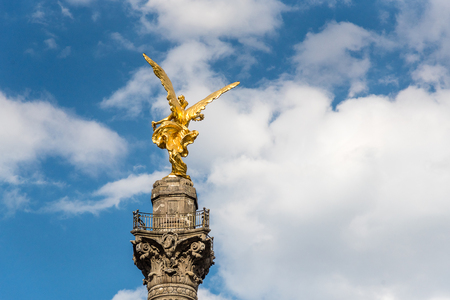 angel de la independencia: Estatua del ángel de la independencia Editorial