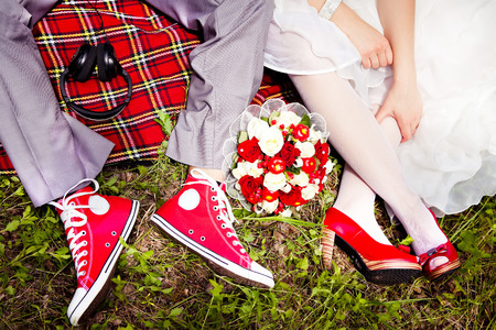 asian bride: Groom Dresses red wedding shoes bride