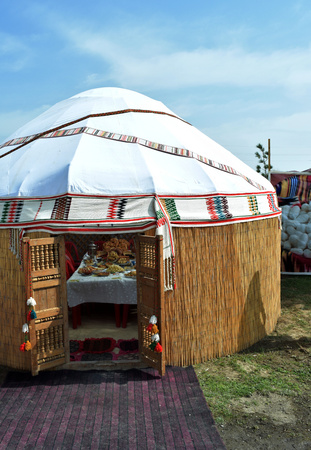 yurt nomads of central asia