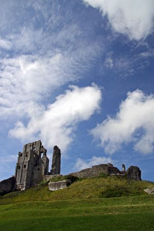 parish: Castle  fort ancient ruins on a hill top in Dorset, UK Stock Photo