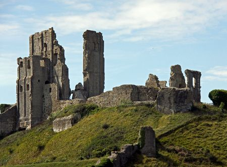 Castle  fort ancient ruins on a hill top in Dorset, UK Stock Photo