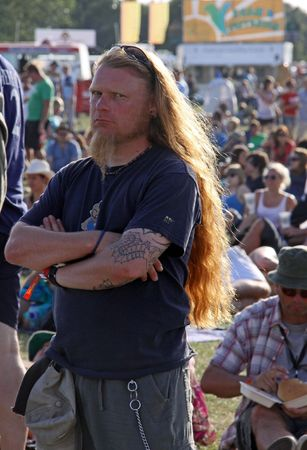 Hop Farm Festival, Kent, UK 4709 a long haired and bearded man and the crowd