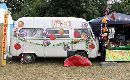 Hop Farm Festival, Kent, UK 4709 a VW Volkswagen retro collectable camper van classic motor vehicle