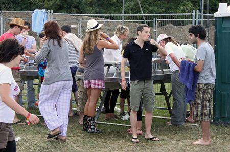 Hop Farm Music Festival, Kent, UK 4th July 2009 music fans using washing facilities
