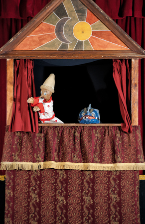 Pinocchio and the dogfish at the little theatre of the puppets Zdjęcie Seryjne