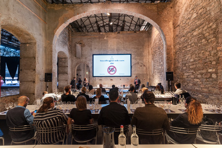 People participating at the wine tasting masterclass