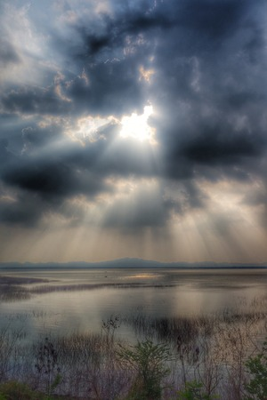 bourn: HDR Light From Heaven