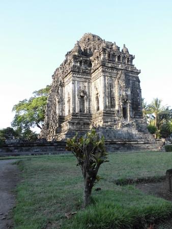 jogjakarta: Kalasan Temple, a mixed budha and hindu temple placed on jogjakarta, indonesia