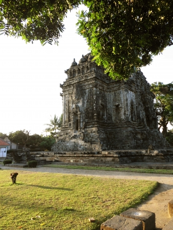 jogjakarta: Kalasan Temple, a mixed budha and hindu temple placed on jogjakarta, indonesia