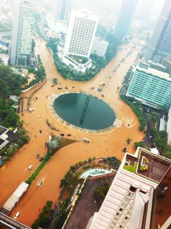 FLOODING: Jakarta landmark unindated with water during flooding