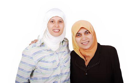 femmes muslim: Une des jeunes femmes musulmanes en habits traditionnels isol�s Banque d'images