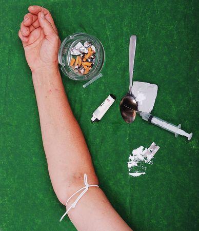 druggie: Farmaci addict attivit� e alcuni utilizzati strumenti