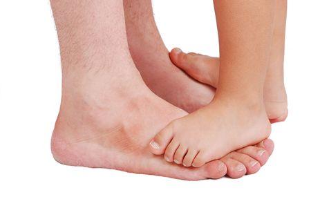 unequal: Dos pares de piernas, muy peque�o muy grande