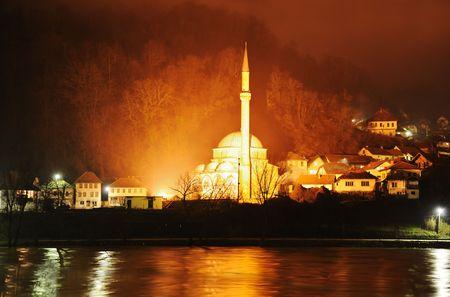 bosna: Moschea di notte
