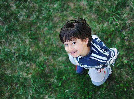 ball point: Cute positive kid