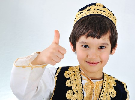 two thumbs up: kid