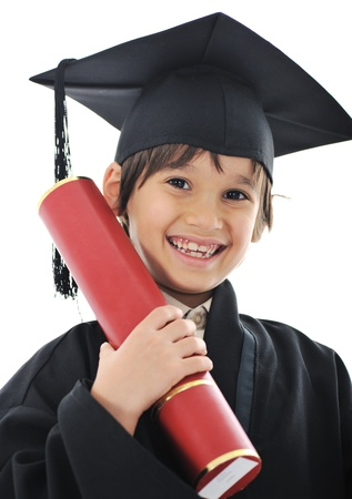 licenciatura: Diploma de graduaci�n ni�o peque�o alumno, la escuela primaria con �xito Foto de archivo