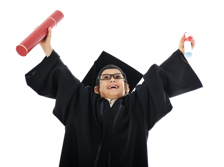 Diplom Abschlussklasse wenig Schüler Kind die Grundschule erfolgreich Standard-Bild