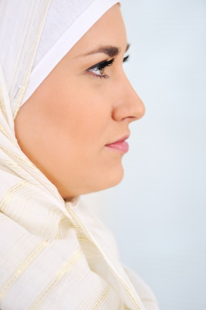Muslim Arabic woman Stock Photo - 11953017