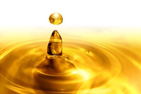 huile: gouttes d'huile fermer