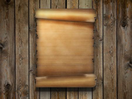 blank sheet: hoja de papiro en superficie de madera