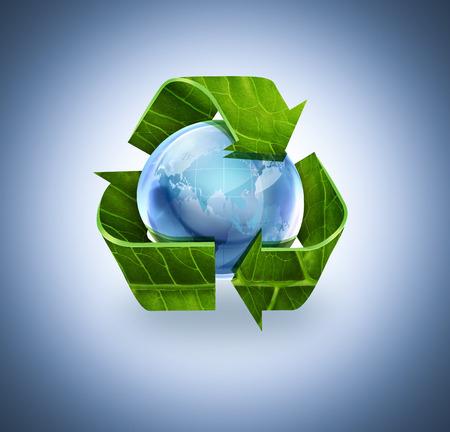 reciclar: símbolo de reciclaje con textura de la hoja y del mundo sobre fondo azul