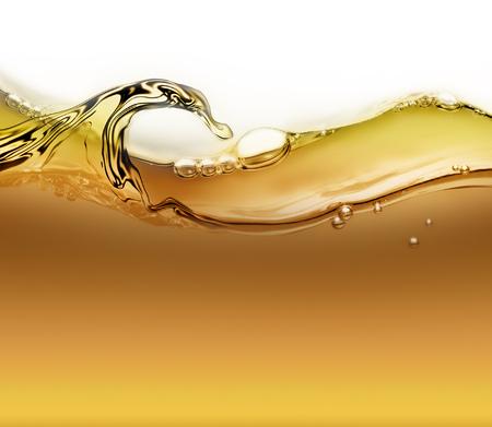 背景として空気の泡とオイルの明るい波