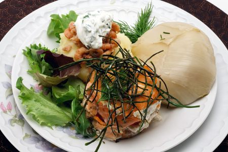 encapsulated: Smoked salmon with creamy cheese, mashed potatoes, chicory and lettuce