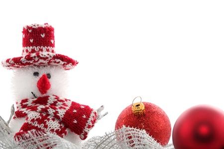 gomitoli di lana: Cartolina di Natale con pupazzo di neve e palline Archivio Fotografico