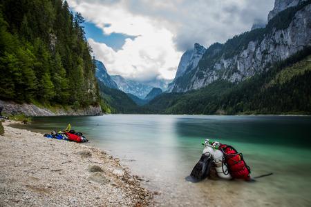 スキューバ ダイビングの高山湖オーストリア 写真素材