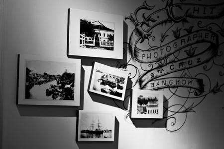 galeria fotografica: Portarretratos antiguos de Siam - La mejor foto de un disparo anterior �lbum en Tailandia - Siam del negro marcos de fotos en blanco y Foto de archivo