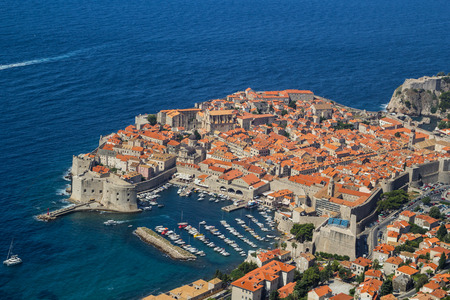 Overview to the old town of Dubrovnik, Croatia 免版税图像