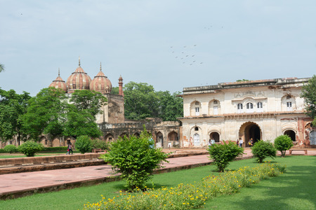 mughal empire: Safdarjungs Tomb is a sandstone and marble mausoleum in New Delhi, India. It was built in 1754 in the late Mughal Empire style for the statesman Safdarjung.