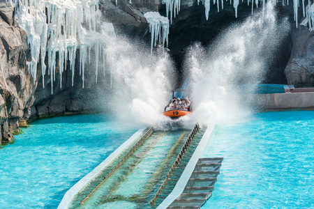 Extreme Water sport flume ride with the largest drop with water splash in resort