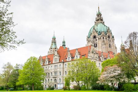 Building of the City hall of Hannover in Germany in April. Redactioneel