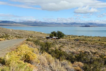 Paysage du lac Mono Banque d'images - 85251184