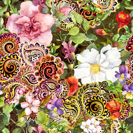 disegni cachemire: Seamless vintage sfondo floreale con fiori e ornamento decorativo orientale. Acquerello