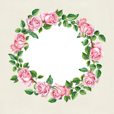 marcos redondos: Repitiendo el estampado de flores de color rosa con flores y plumas rosa. Acuarela Foto de archivo
