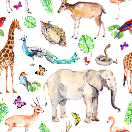 Wild animals and birds - zoo, wildlife - elephant, giraffe, deer, owl, parrot, other . Seamless pattern. Watercolor 免版税图像