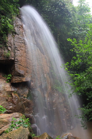 Mogan Falls, located in Deqing County, Zhejiang Moganshan Scenic Area.