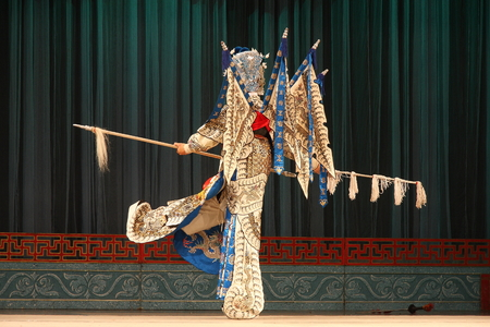 besiege: Wu Opera \ Jiepai off \, commonly known as Jinhua Wu Opera theater, so far, more than 400 years of history, is the second largest opera, Zhejiang Province, the national intangible cultural heritage.  Editorial