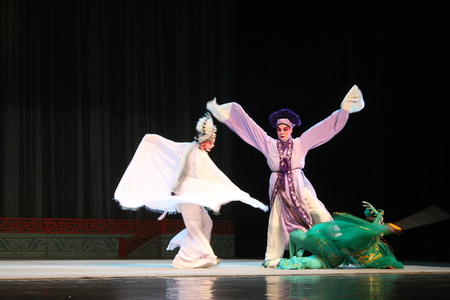 cultural history: Wu Opera  Broken.  Wu Jinhua known opera drama, popular Jinhua area, because of the history of Jinhua Wuzhou named Su said, so far, more than 400 years of history, is the second largest opera Zhejiang Province , the national intangible cultural herita