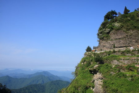 poems: Taoist Temple - Wudang Mountain in Shiyan City, Hubei Province territory, the big mountain Taihe Palace, Mirage, the mountain fortress around a week back, the name Forbidden City.