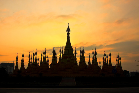 in the ranks: Mans pagoda, located Mans Dehong Dai-Jingpo Autonomous Prefecture, the Buddha scale ranks first in Southeast Asia. Stock Photo