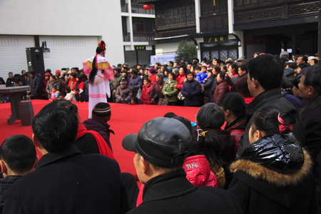 "dialect: Lake Theatre, formerly known as ""Huzhou tanhuang"" prevalent in Huzhou, Jiaxing, Hangzhou Yuhang district and other places, there are about a hundred years of history. Lake play was included in the second batch of intangible cultural heritage in"