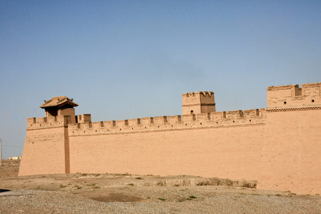 """cupolas: Jiayuguan in Jiayuguan City, Gansu Province, the western end of the Ming Great Wall is the first re-pass, but also the ancient """"Silk Road"""" traffic fortress. Ming Dynasty Great Wall is the western end of the starting point, along the Great Wall b Editorial"""